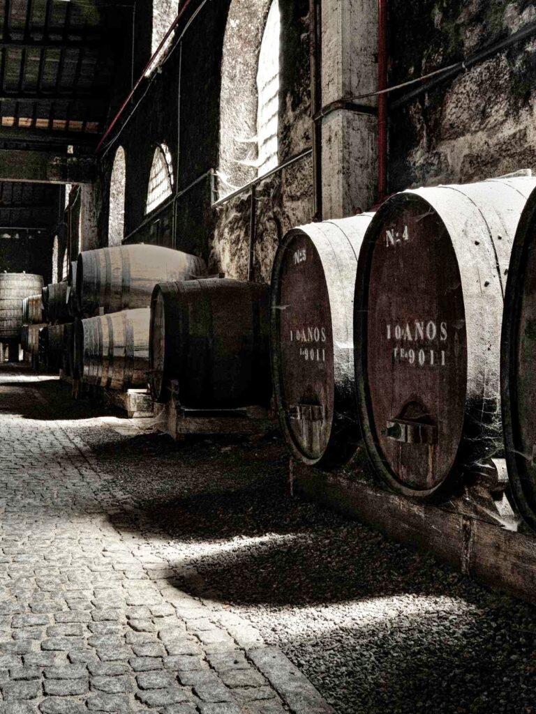 Envelhecimento em cascos de vinho do Porto, Ginout